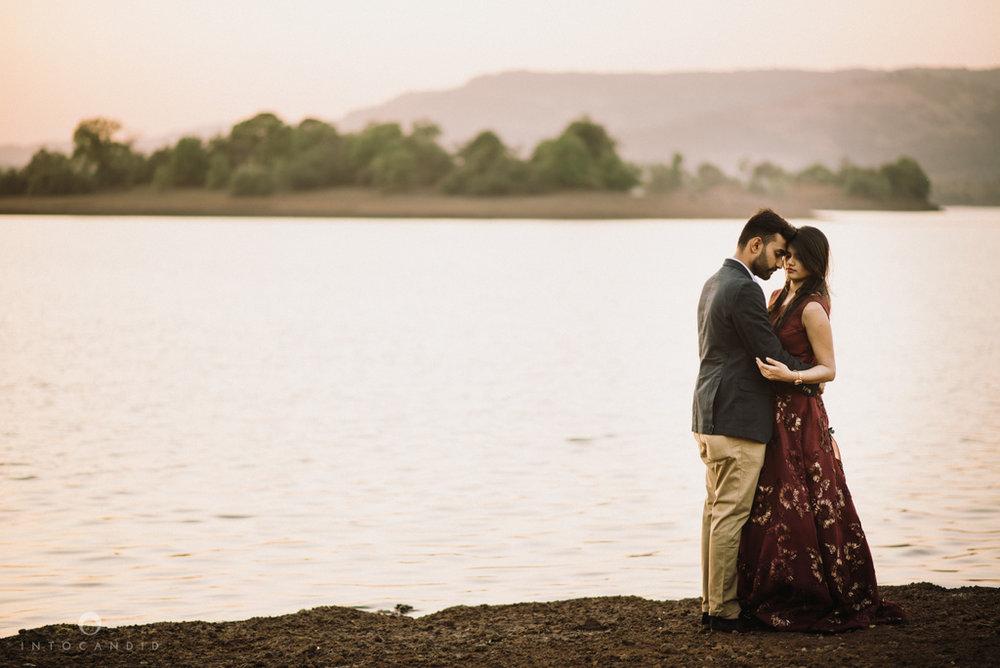 mumbai_wedding_photographer_ketan_manasvi_lonavla_pre_wedding_couple_session_intocandid_photography_19.jpg
