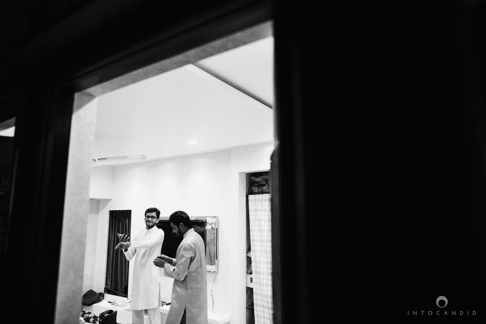 mumbai_candid_wedding_photographer_ketanmanasvi_intocandid_photography_28.jpg
