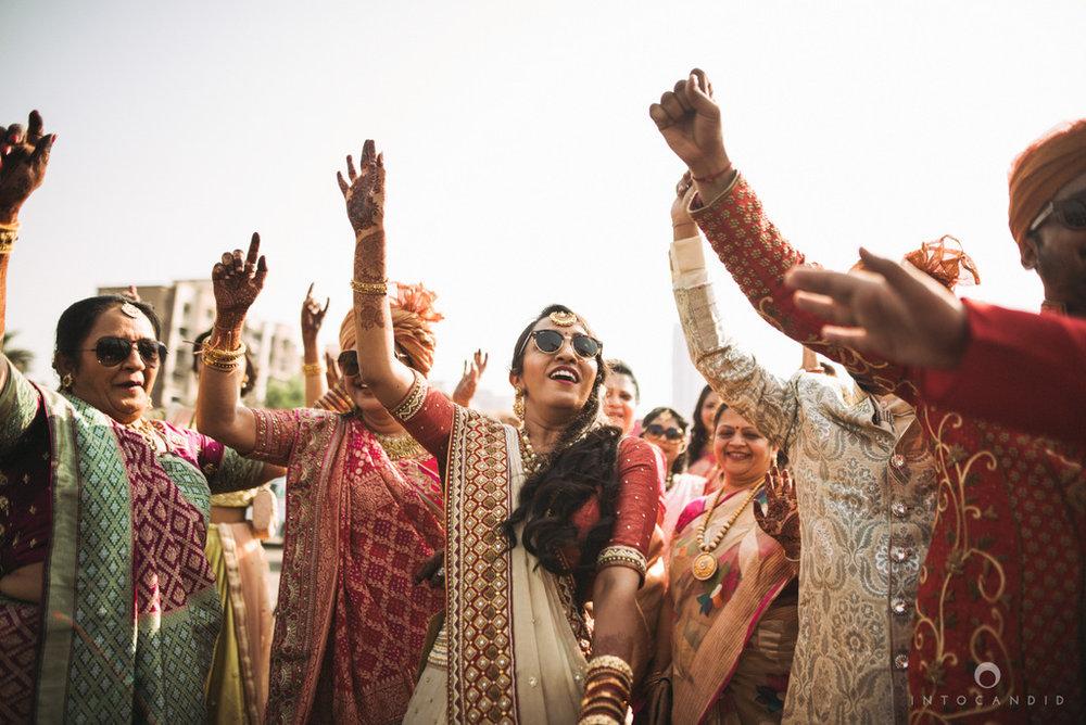 mumbai_candid_wedding_photographer_ketanmanasvi_intocandid_photography_36.jpg