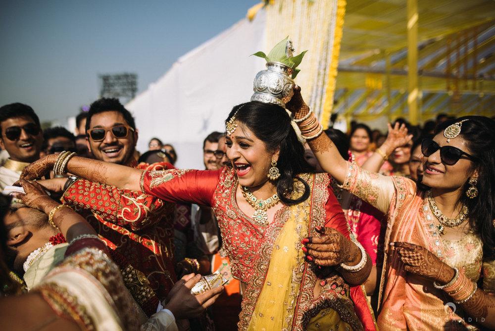 mumbai_candid_wedding_photographer_ketanmanasvi_intocandid_photography_42.jpg