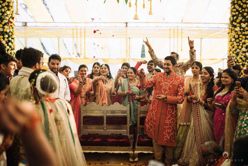 mumbai_candid_wedding_photographer_ketanmanasvi_intocandid_photography_60.jpg