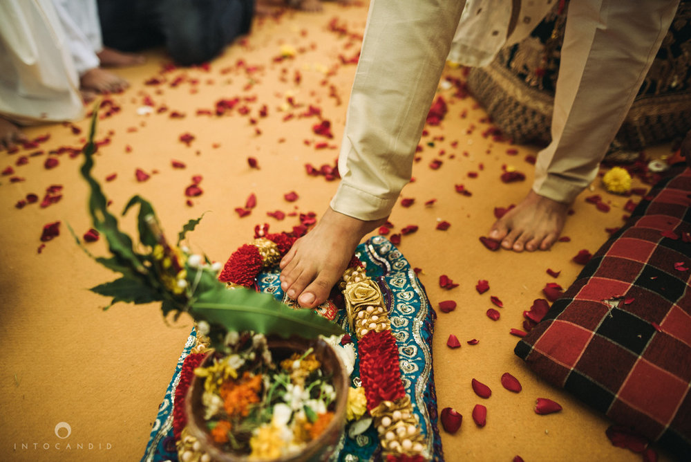 mumbai_candid_wedding_photographer_ketanmanasvi_intocandid_photography_62.jpg