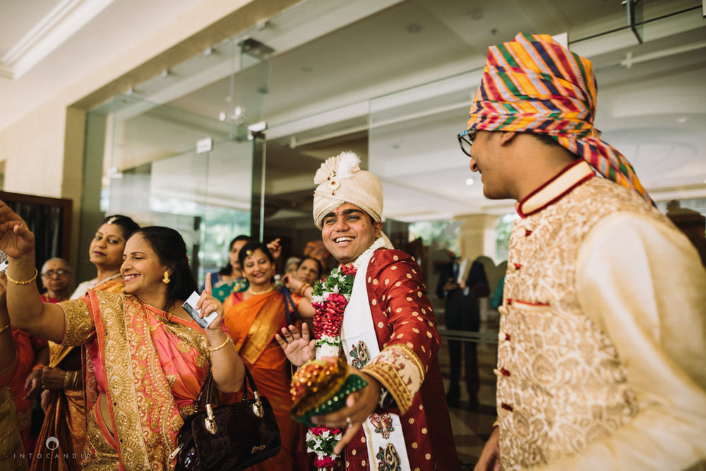 iskcon_wedding_photographer_mumbai_wedding_photography_12.jpg