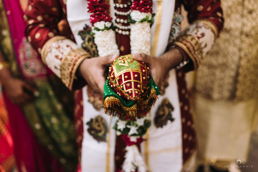 iskcon_wedding_photographer_mumbai_wedding_photography_27.jpg