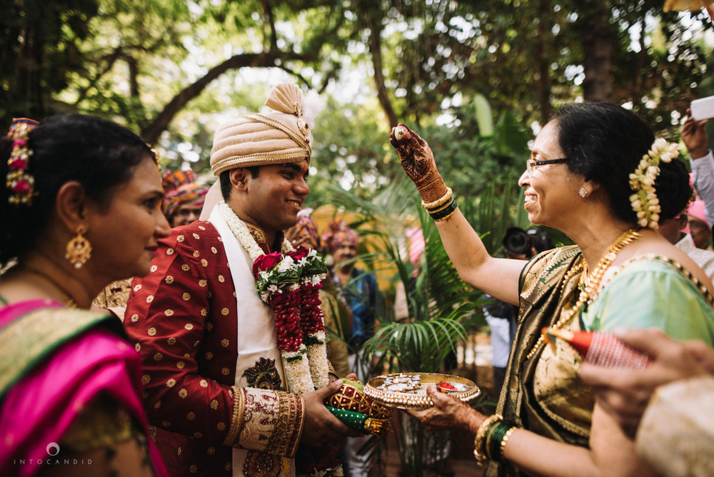 iskcon_wedding_photographer_mumbai_wedding_photography_28.jpg