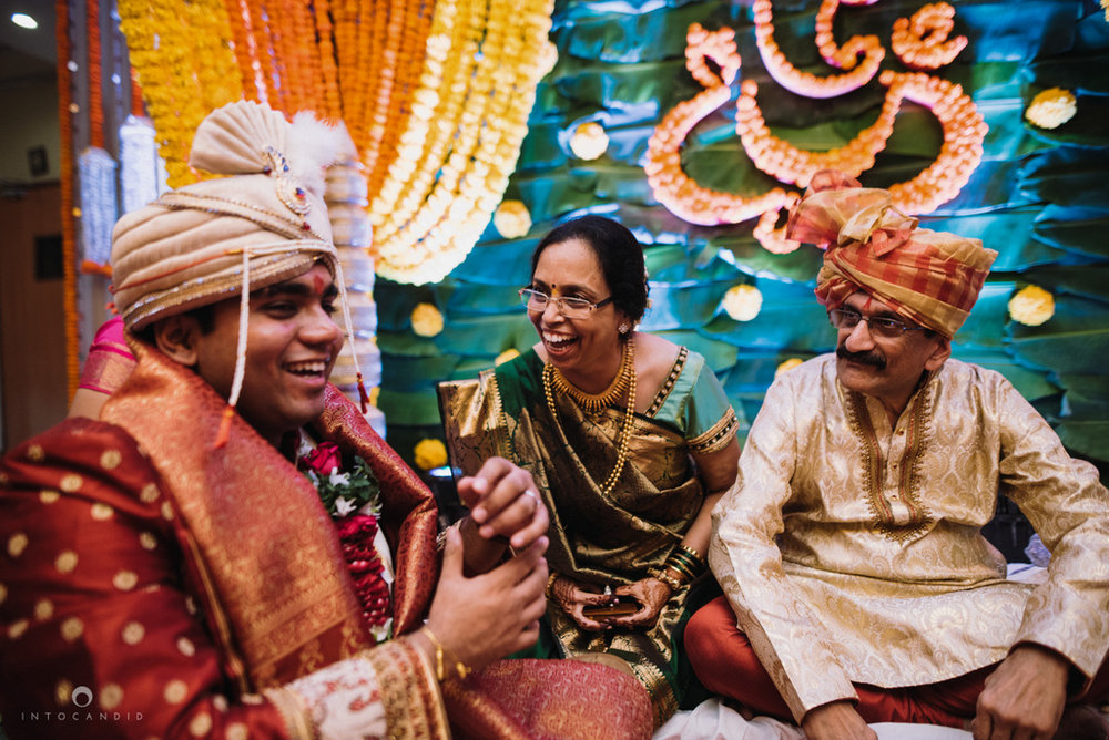 iskcon_wedding_photographer_mumbai_wedding_photography_30.jpg
