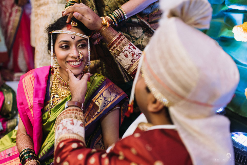 iskcon_wedding_photographer_mumbai_wedding_photography_39.jpg