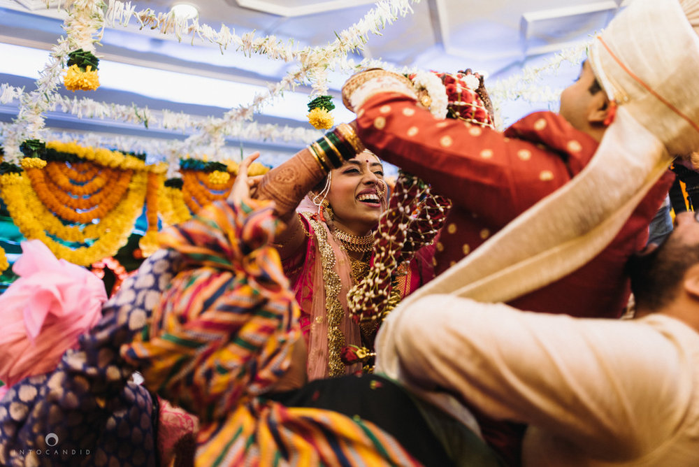 iskcon_wedding_photographer_mumbai_wedding_photography_44.jpg