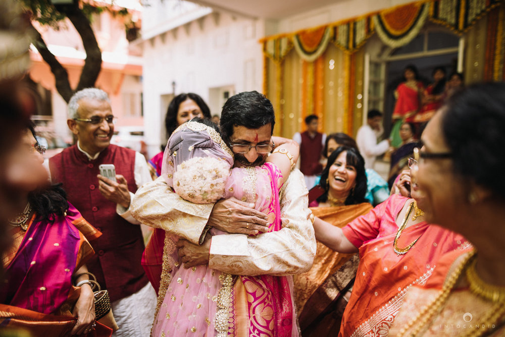 iskcon_wedding_photographer_mumbai_wedding_photography_48.jpg