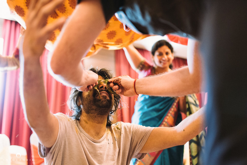 mumbai-wedding-photographer-into-candid-photography-ss10.jpg