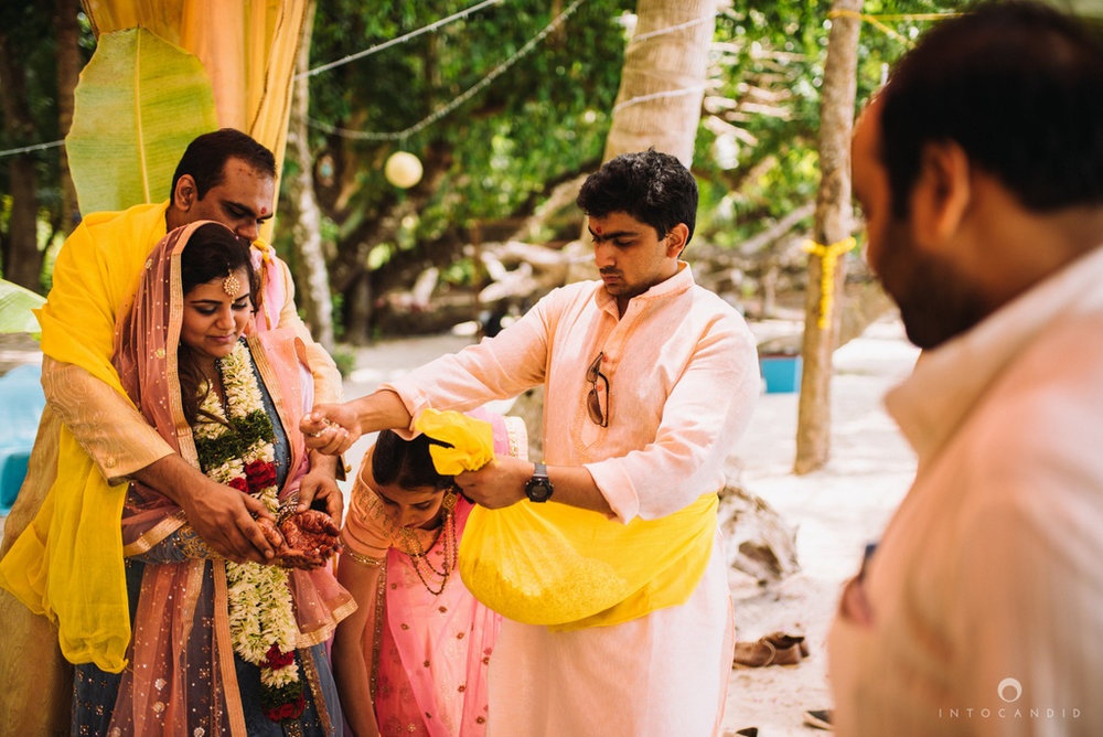 andaman_island_wedding_photographer_havelock_island_wedding_munjoh-resort_wedding_085.jpg