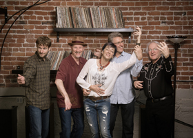 Nell Robinson & Jim Nunally Band - 3