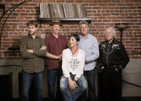 Nell Robinson & Jim Nunally Band - 5