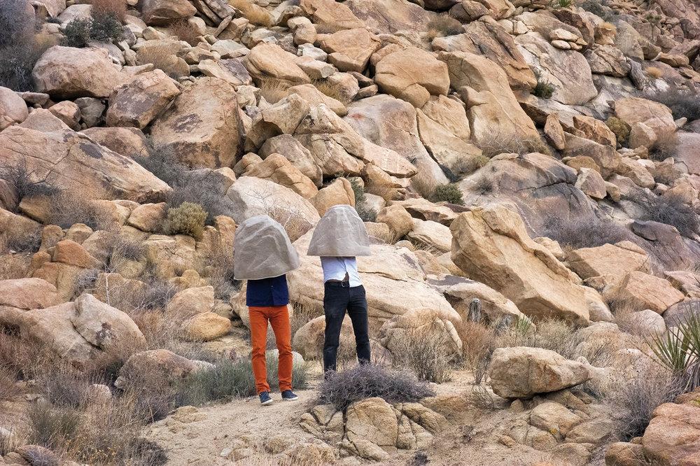 Hiding in Joshua Tree, Eight days in L.A, Jonathan Chauveau Friggiati & Florian Viel