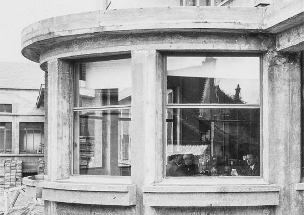 La Direction de L'usine Héritier-Guyot se trouvait dans la Rotonde.