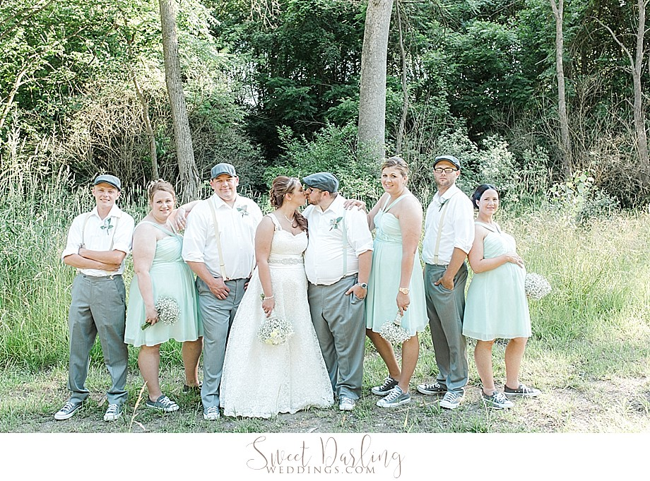 bridal party in chuck taylor converse wedding shoes