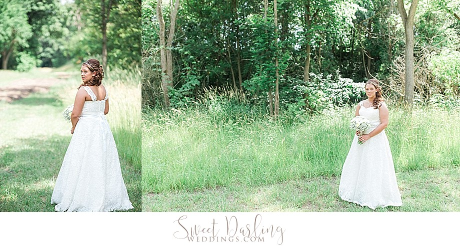 bridal portraits outdoors with natural light