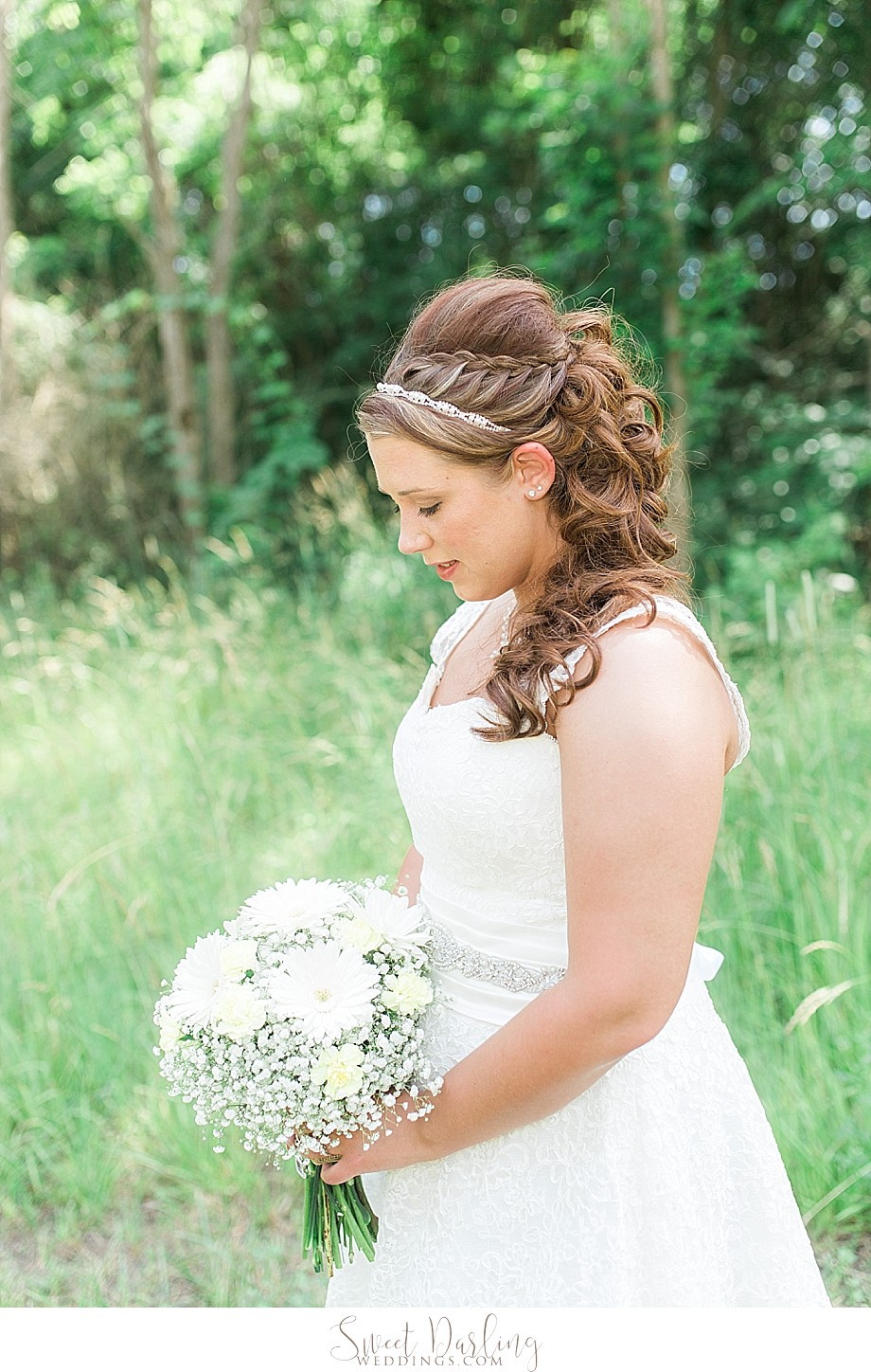 Wedding hair style for the bride braid and curls