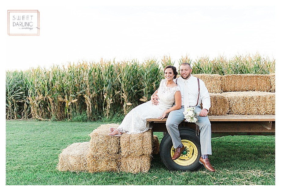elegant-country-barn-wedding-hudson-farm-urbana-illinois-sweet-darling-weddings-photography_0699