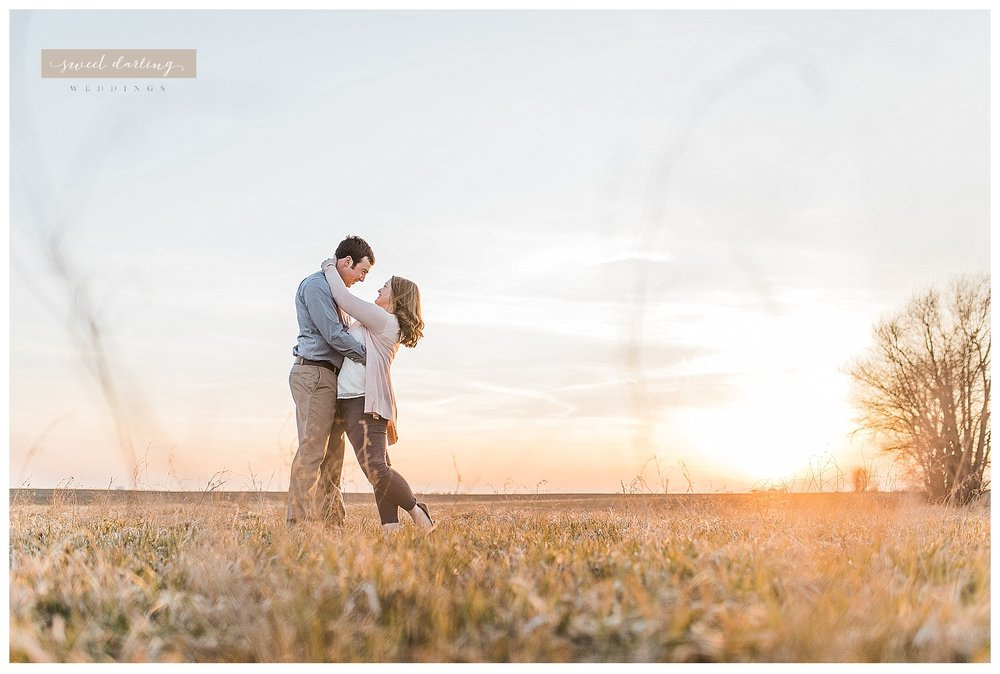 Rantoul-illinois-engagement-session-country-wedding-photographer-sweet-darling-weddings_1252.jpg