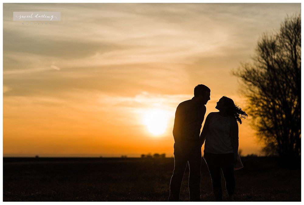 Rantoul-illinois-engagement-session-country-wedding-photographer-sweet-darling-weddings_1251.jpg