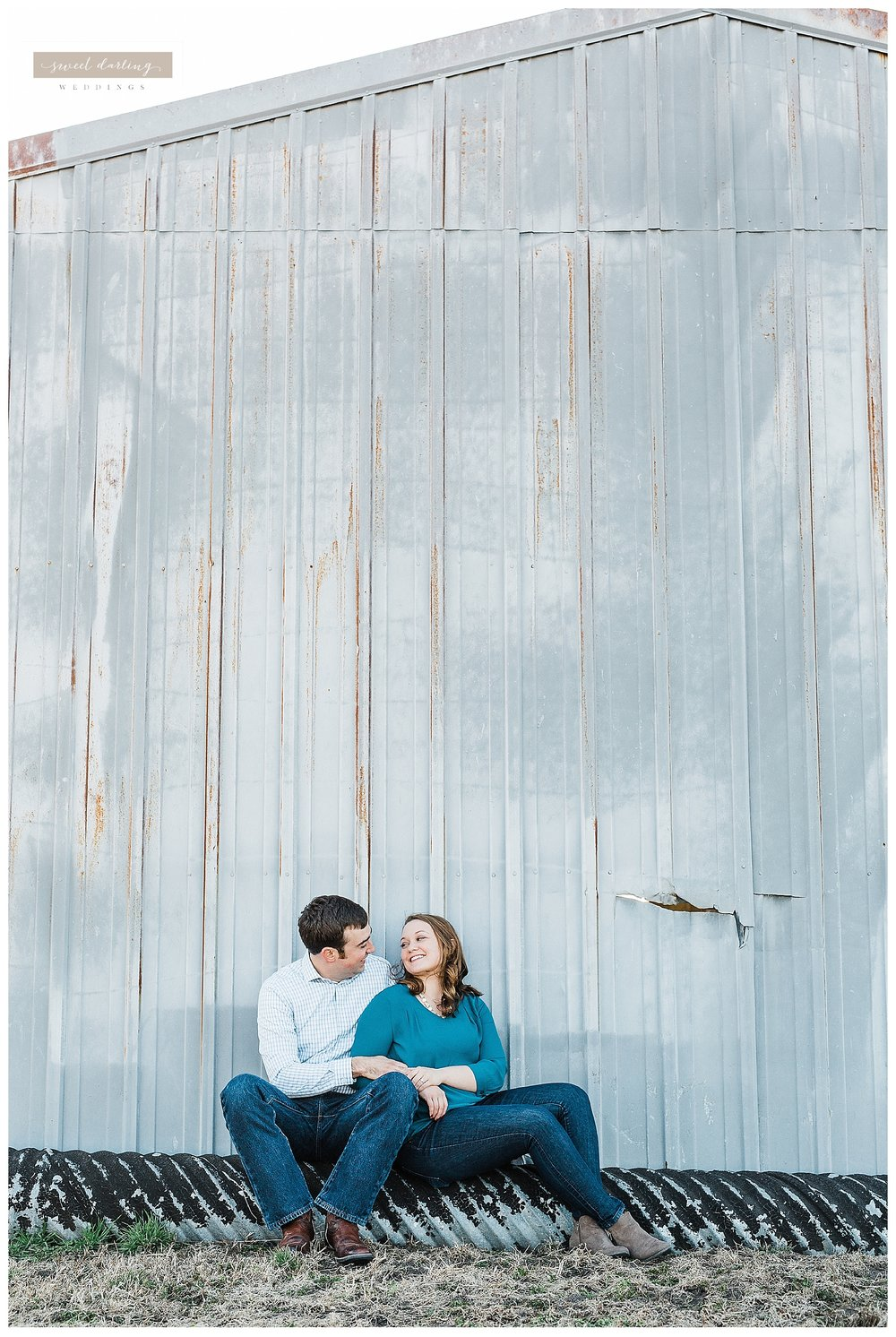 Rantoul-illinois-engagement-session-country-wedding-photographer-sweet-darling-weddings_1256.jpg
