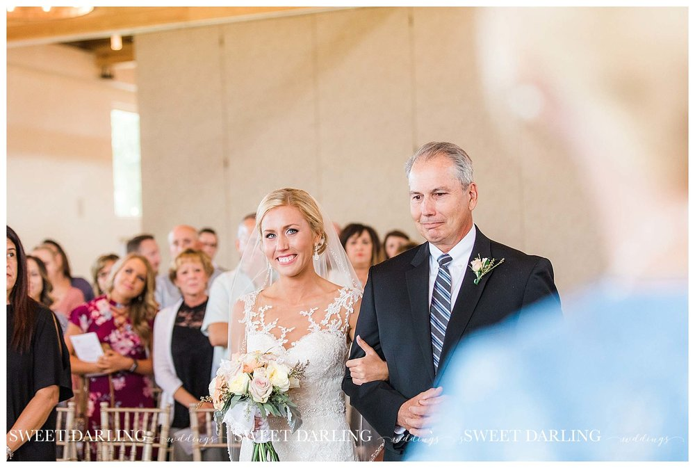 champaign-county-illinois-Pear-Tree-Estate-sweet-darling-weddings-photography_1490.jpg