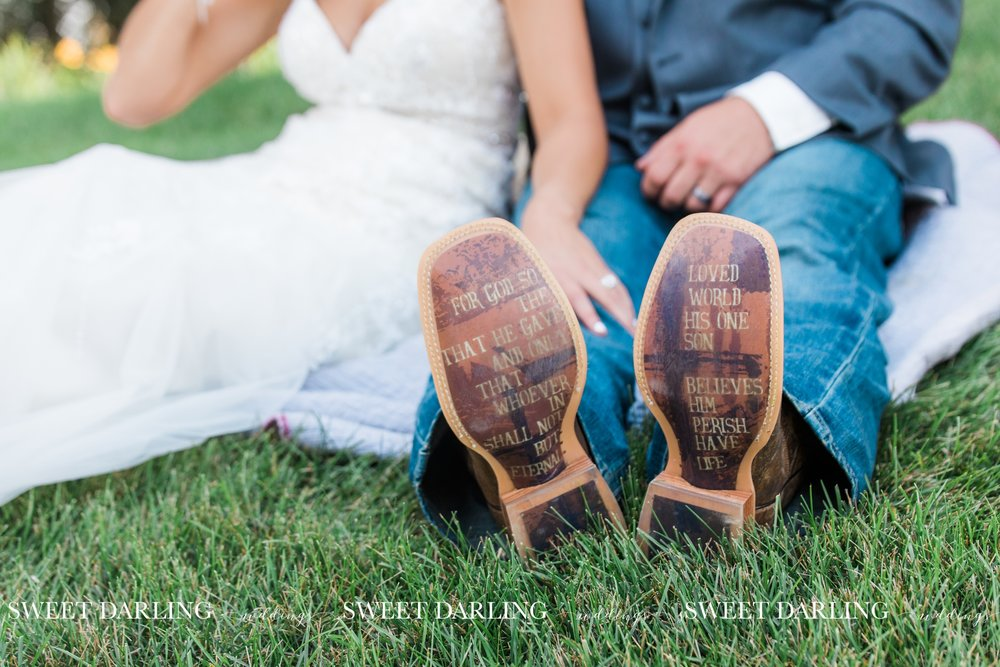 pear-tree-estate-wedding-navy-gold-pards-urbana-champaign-il-county-sweet-darling-photographer_1826.jpg