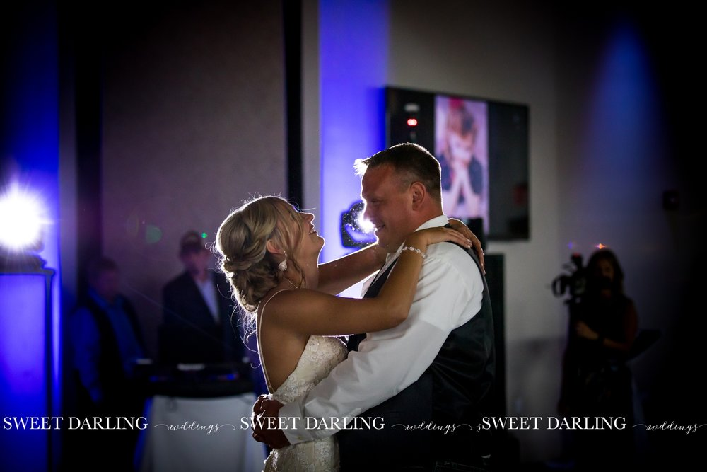 pear-tree-estate-wedding-navy-gold-pards-urbana-champaign-il-county-sweet-darling-photographer_1816.jpg