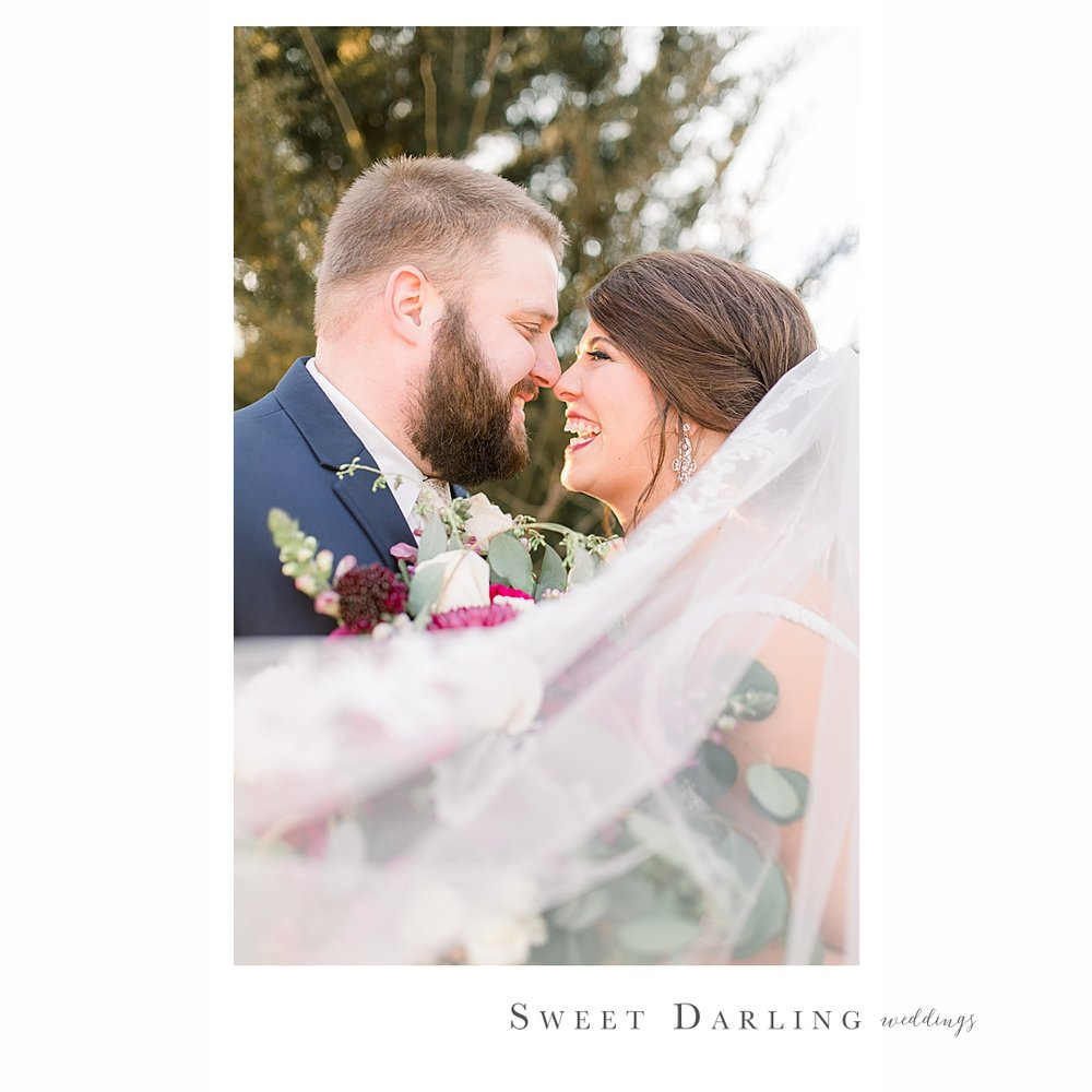 Central-illinois-wedding-photographer-candid-special-moments_0002-1.jpg