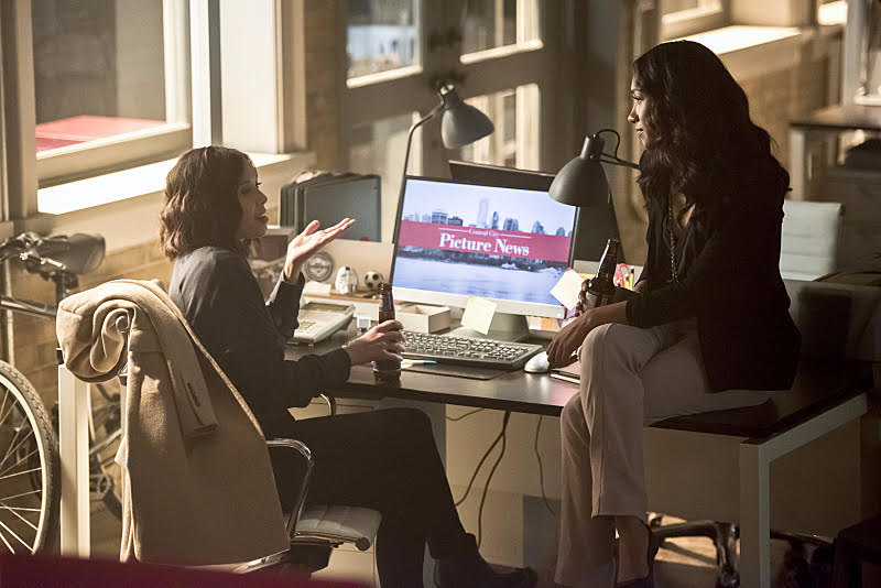 (Left, The Flash's Linda Park (Malese Jow) and Iris West (Candice Patton) right, chat at the office about the aftermath of metahuman fiascos.)