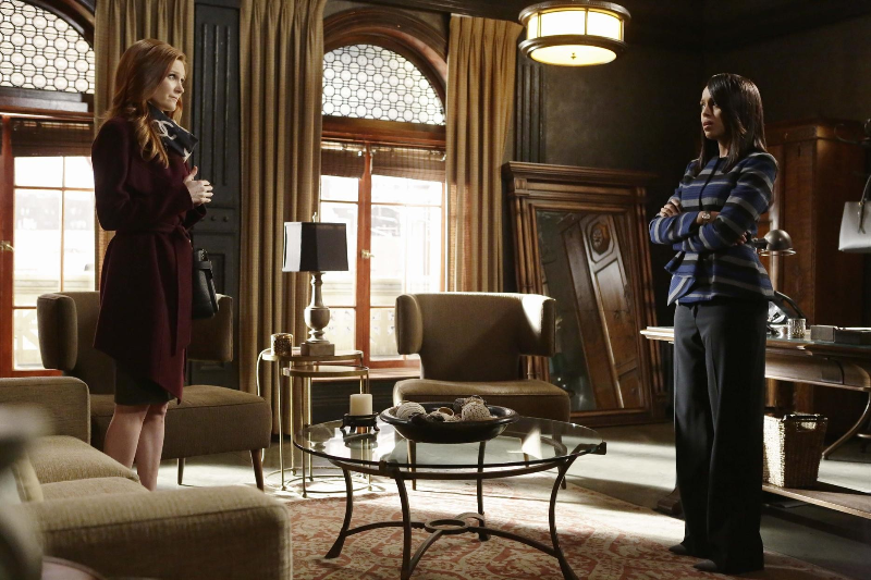 (Scandal's Abby Whelan (left) and Olivia Pope (right))