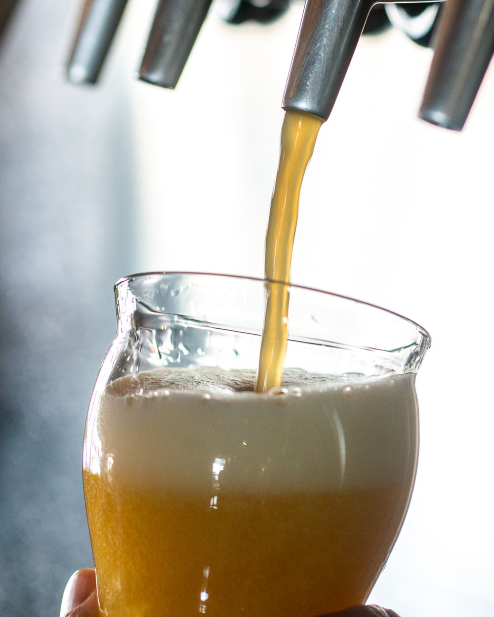 Beer-Pouring-Close-Up.jpg