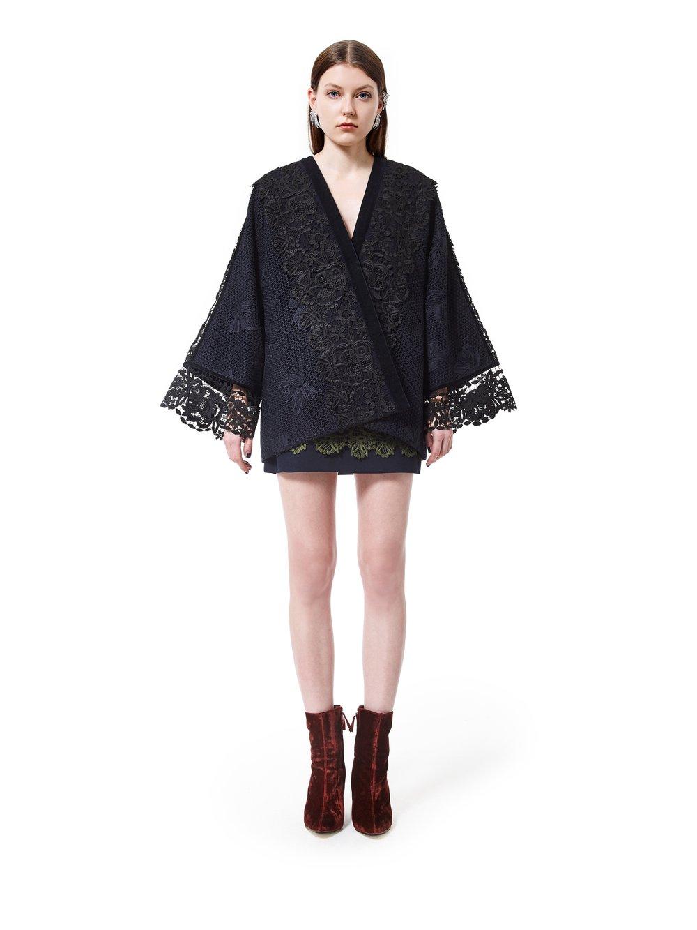 Kimonover Kimono £300