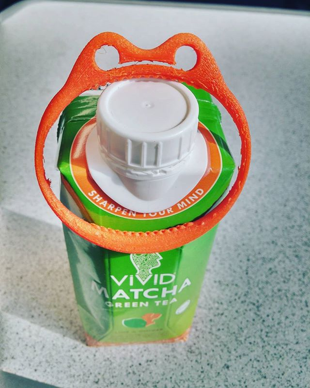 Hoopsta is all over the new matcha flavour from our neighbours at @vividmatcha He's certainly looking to sharpen his mind 😀💚🍋🍶 #matcha #greentea #healthy #fit #toys #3dprinting #monster #bracelet #dens #blanketforts #cooltoys #trendy #brightmind #creative #sugarfree @theworkshopldn