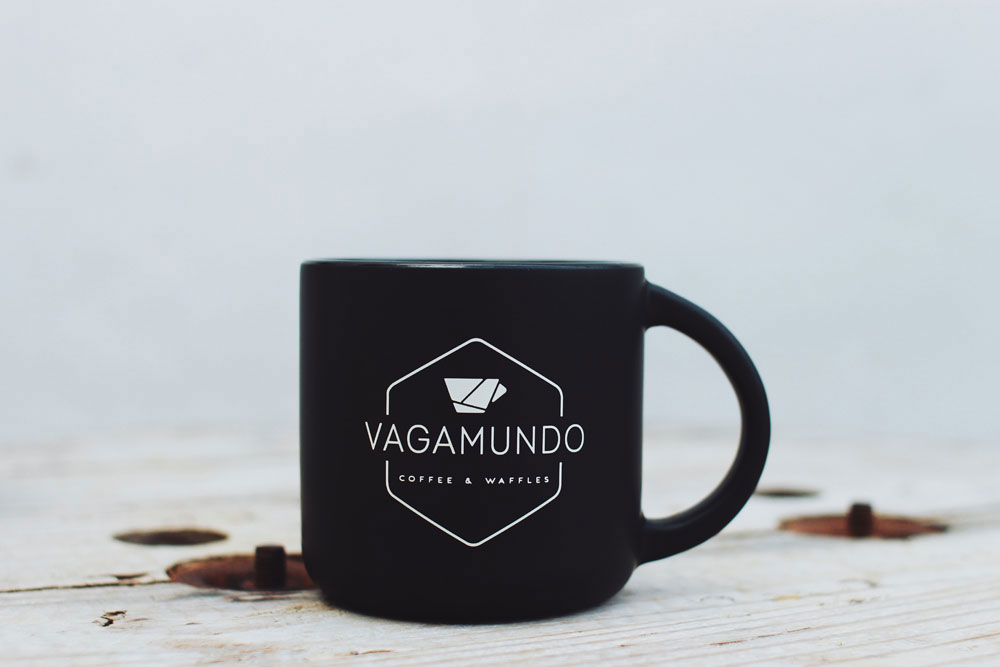 Vagamundo Mug (Black - ft. front side)  $700 rd / ~$15.50 usd