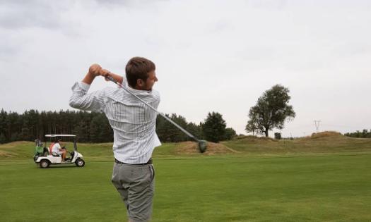 Piotr Szymański - HCP 7,9Sobienie Królewskie Golf & Country Club