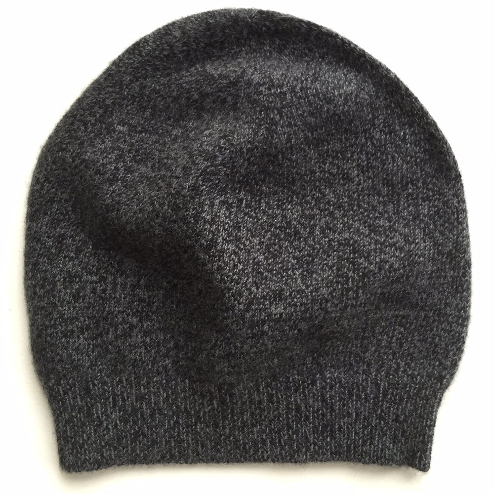 Gray and Black Tweeded Cap