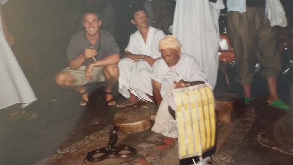 Geller feared not when coming face-to-face with a snake in the center of Marrakesh