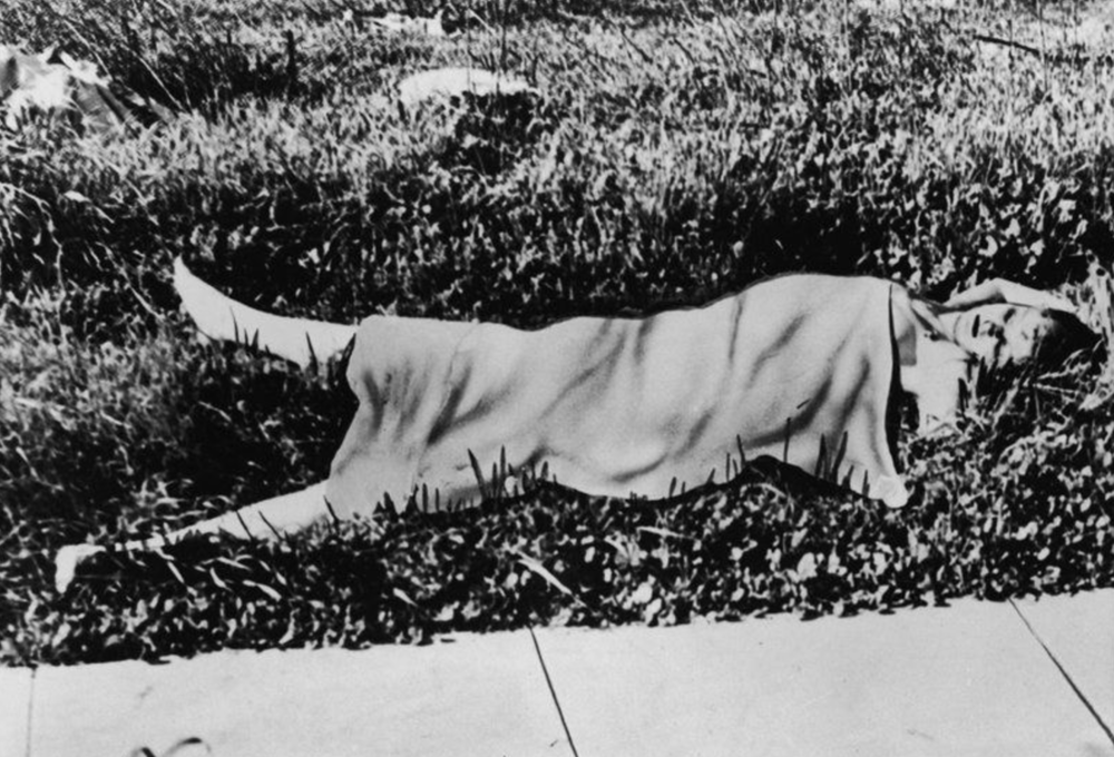 Elizabeth's Body at the Crime Scene