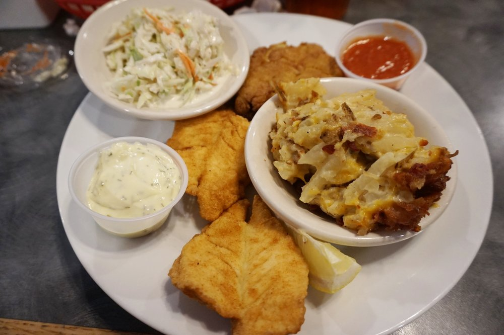 Crab Cake [no filler!] and Mahi Mahi Combo Platter. YUM!
