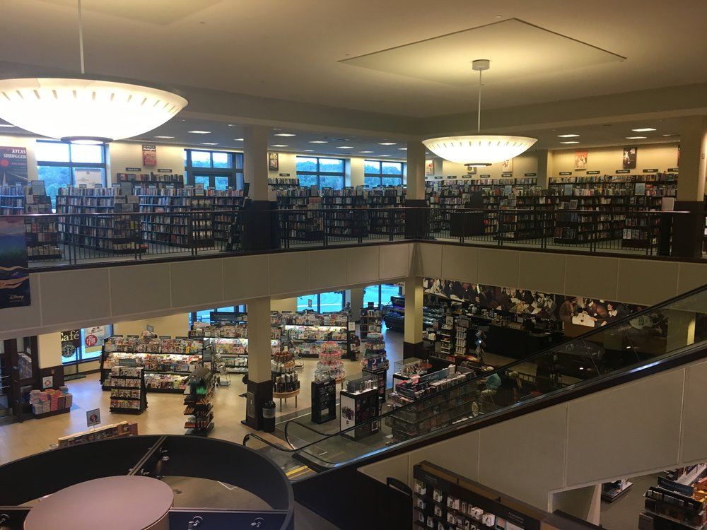 Inside the 2-Story Barnes & Noble