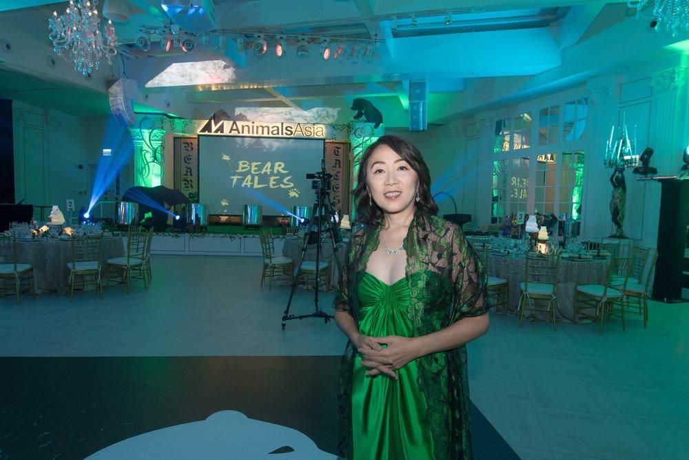 Ying Ying before singing.jpg