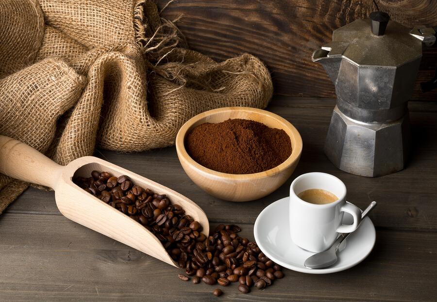unique-gifts-for-mom-espresso-maker