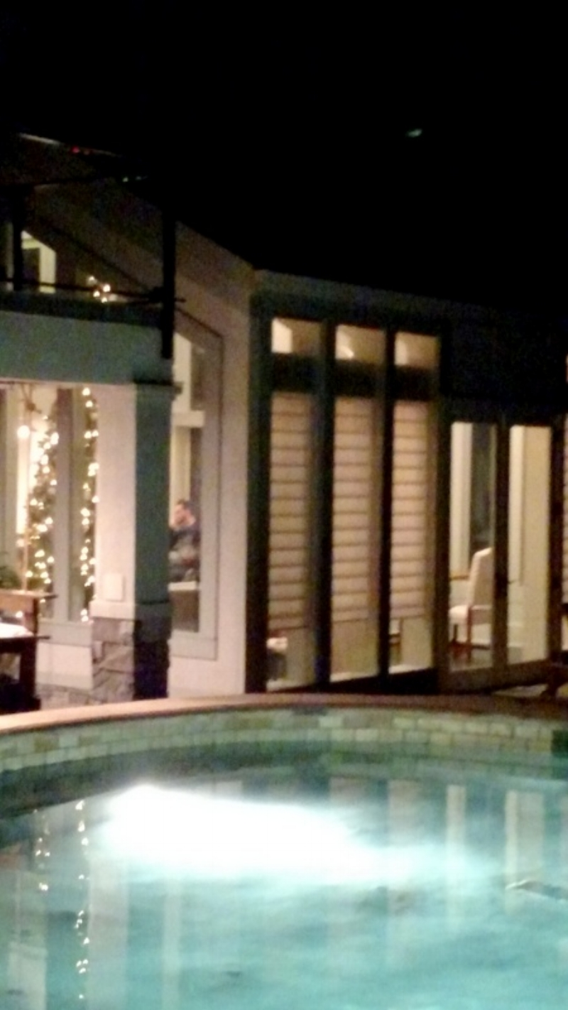 A Poolside View into the House