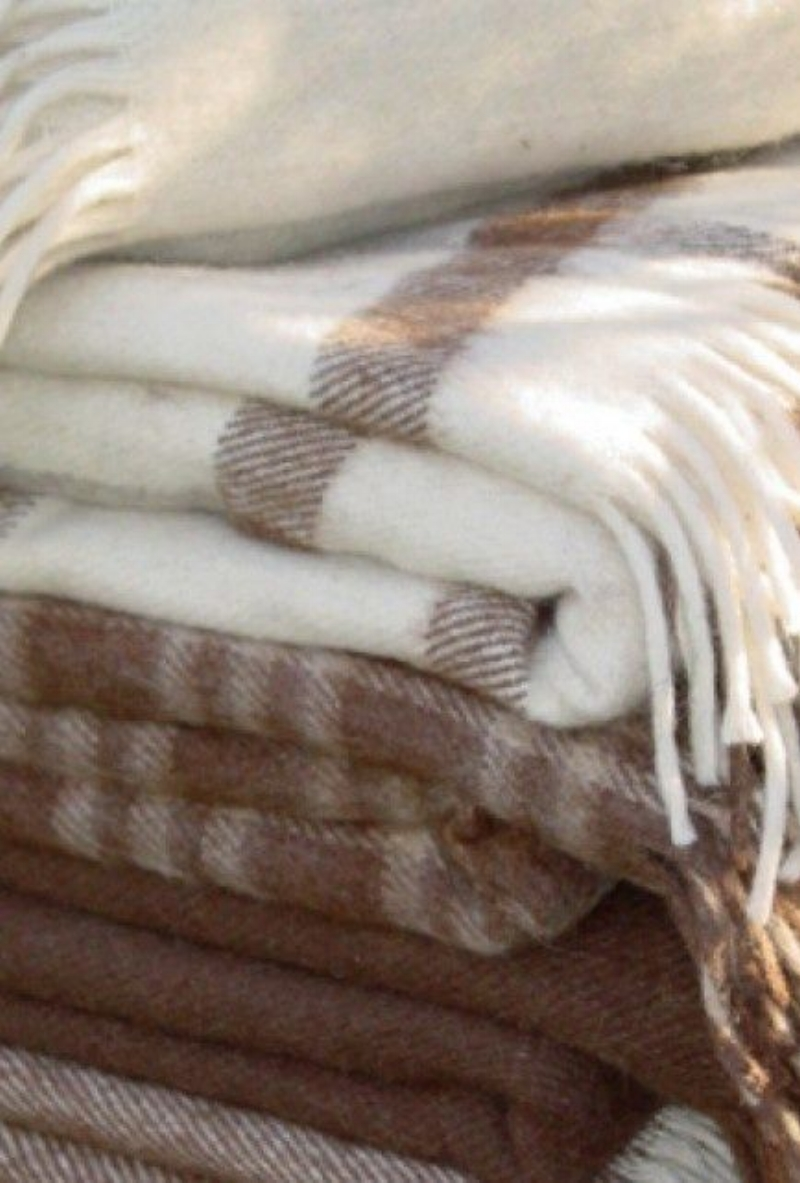 Selection of Wool Throws and Blankets in Taupe and Cream via inspirationlane.blogspot.com