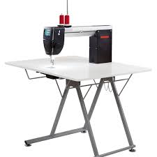 Bernina Q20 with Fold up Table