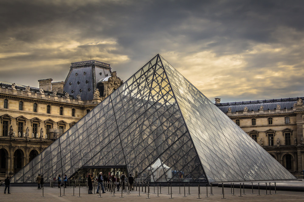 louvre-pyramid-early-X3.jpg