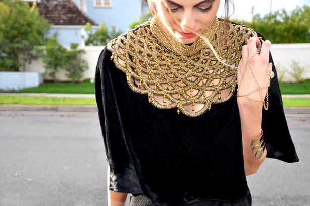 Gold Neckline