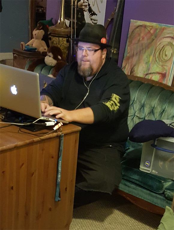 Geoff recording.jpg
